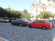 Řidiči ve Vyškově můžou od září platit parkovné pomocí aplikace, kterou si stáhnou do svých chytrých telefonů.