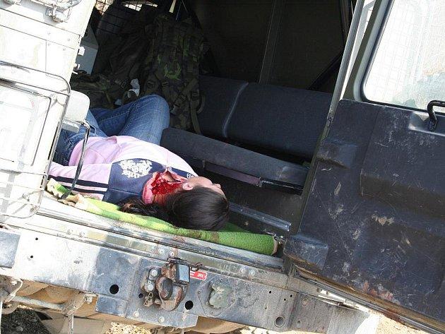 Civilisté NATO se učí přežít v nepřátelském prostředí