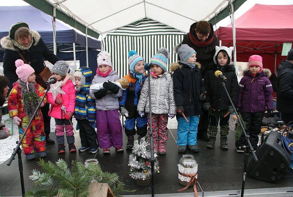 Děti z Mateřské školy Bučovice, pracoviště Kloboučky.
