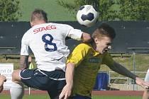 Hráči MFK Vyškov minulý týden proti Břeclavi excelovali (na snímku), na cestu zpět z Uničova si už ale žádný bodík do tabulky moravskoslezské fotbalové ligy nepřibalili.