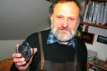 Umělecký kovář Oldřich Bartošek z Křenovic tentokrát coby novoroční přání z kovu zvolil kompas.