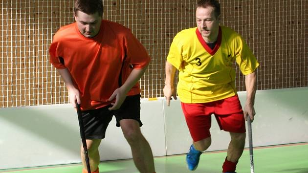 Do listiny střelců se na letovickém turnaji hned dvakrát zapsal i Jiří Dočkal (vpravo).  Přispěl k výhře nad domácím celkem.