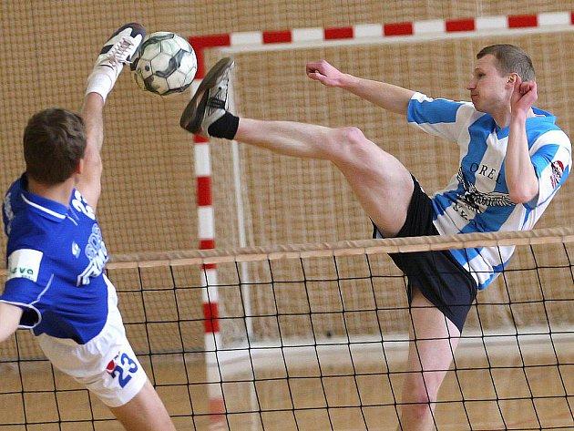 Nohejbalisty Holubic čeká dodatečná kvalifikace o postup do druhé ligy.