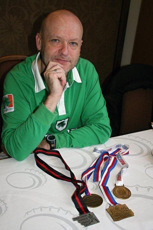Anry Lukáč je nejen zapáleným fotografem, ale také sportovcem.