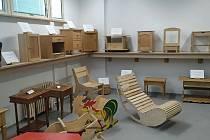 Škola umí propagovat své obory na dálku, stejně tak poskytuje distanční vzdělání svým studentům.