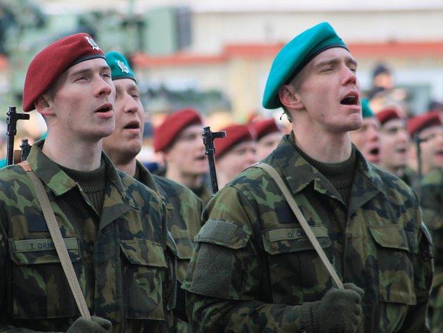 Slavnostní přísaha vojáků ve Vyškově. Ilustrační foto..