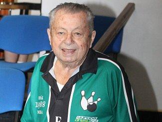 Vyškovský kuželkář Alois Skřejpek oslavil 90. narozeniny.