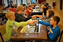 """V sobotu 23. října se konal v prostorách SVČ Brno Lužánky šachový turnaj pro děti narozené v roce 2009 a mladší, nazvaný """"Open podzimní Brno""""."""
