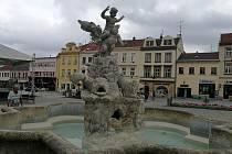 Barokní kašna na Masarykově náměstí ve Vyškově.