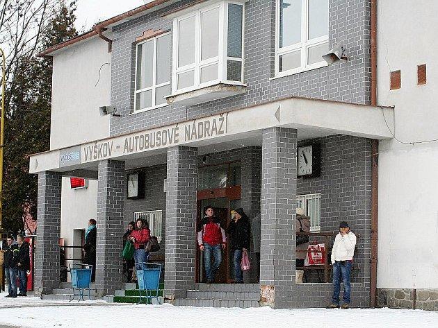 Autobusové nádraží ve Vyškově - ilustrační fotografie.