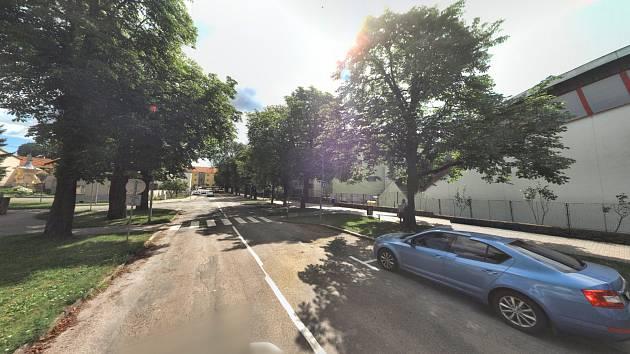 Ulice Malinovského ve Slavkově u Brna.