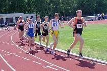 Vyškovští atleti mají nasměrováno k postupu do baráže o první ligu. Atletky klubu AHA se ve stejné soutěži pomalu začínají otrkávat. V posledním závodě byly už předposlední.