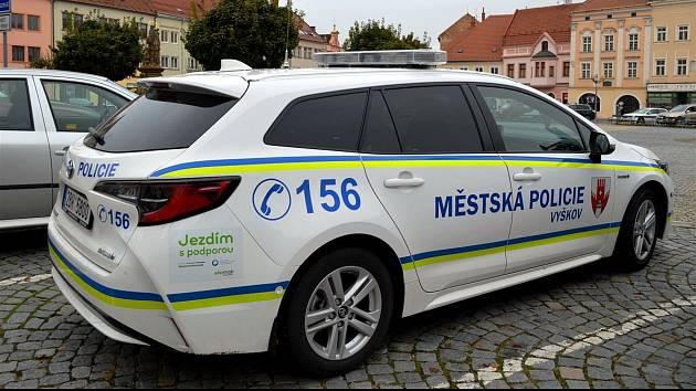 Služební vozidlo vyškovských strážníků. Ilustrační foto.