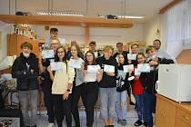 Patnáct studentů ze Slavkova se ve dnech 20. až 21. září zapojilo do baristického kurzu.