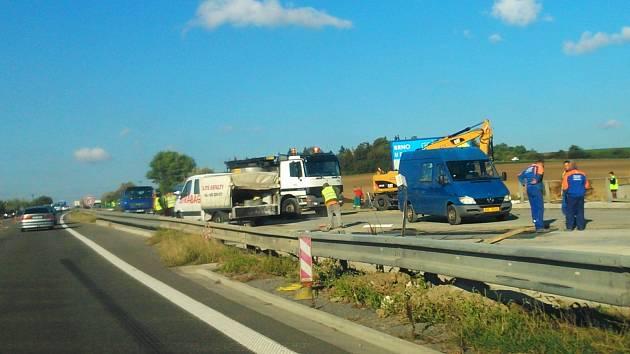 Rekonstrukce dálnice D1 mezi Vyškovem a Brnem nedaleko Holubic. Ilustrační foto.