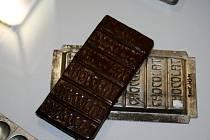 Výstava Čokoládové mámení má lidem přiblížit počátky zpracování čokolády.