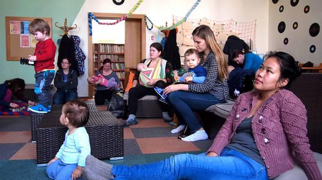 Projekt S knížkou do života - Bookstart míří do druhé etapy. Do vyškovské knihovny dorazily nové dárky pro děti ve věku 3 – 6 let.