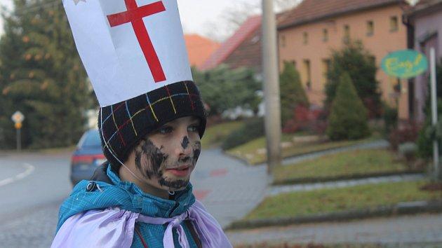 Zpěv, flétna i sladkosti: Křenovicemi prošli Kašpar, Melichar a Baltazar