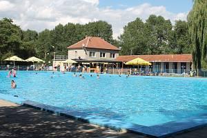 Nesovické koupaliště v Letošově. Ilustrační foto.