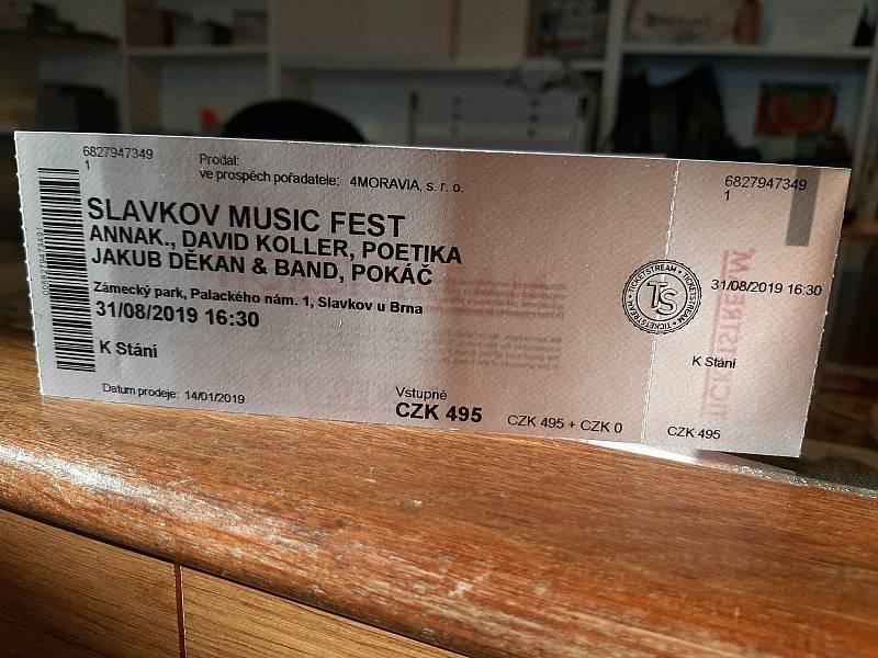 Lístky na první ročník Slavkov music festu můžou lidé kupovat v informačním centru.