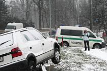 Na Vyškovsku hustě sněží. Některé silnice stále nejsou upravené.