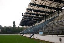 Drnovický stadion dnes chátrá.