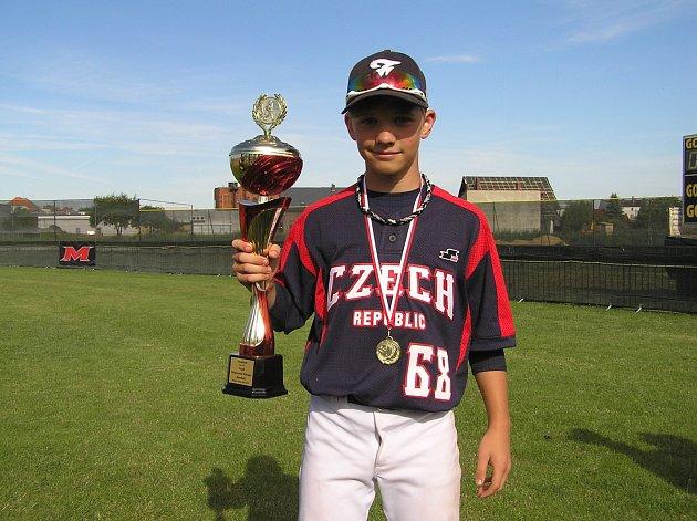 Čeští baseballisté do dvanácti let vyhráli letošní Mistrovství Evropy. Byl mezi nimi iOndřej Králík zBučovic.