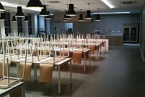 Po rekonstrukci budovy je k dispozici nová jídelna i kuchyň.