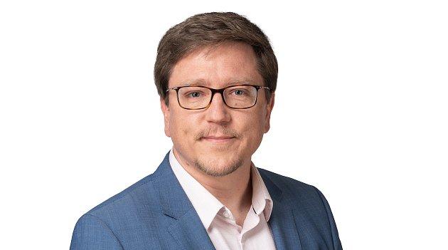Karel Zitterbart kandiduje za hnutí Starostové a nezávislí. Pracuje jako lékař.