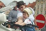 BESIP ve spolupráci s hasiči, vojáky, policií a městem pořádali na Masarykově náměstí ve Vyškově akci Den prevence a osvěty v dopravě.