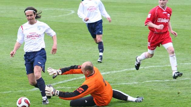 V utkání v Šardicích prohrál dědický fotbalový klub 0:3. Většina účastníků Tip ligy  jeho prohru čekala.