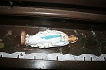 Policie zadržela muže podezřelého z poškození kaplička.