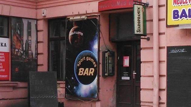 Sport Games Bar v Sušilově ulici ve Vyškově, kde útočník napadl jiného hosta.