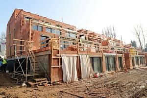 Výstavba v Letním poli ve Vyškově.