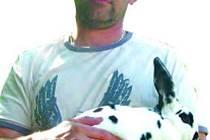 Jan Kohoutek s králíkem ze svého chovu.