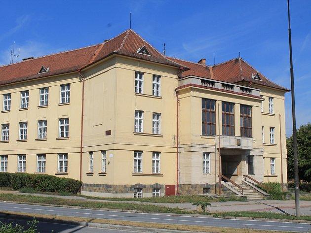 Budova bývalého okresního úřadu ve Vyškově.
