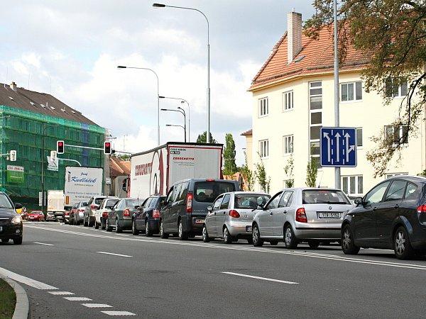Smrtelná nehoda na dálnici D1 způsobila ve Vyškově dopravní zácpu ve směru na Brno.
