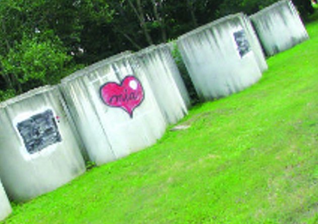 Skruže v Milešovicích ocenili zatím jen milovníci graffiti.