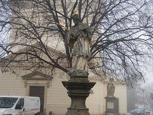Socha Jana Nepomuckého v Bučovicích.