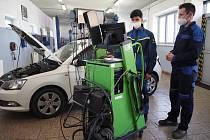 Dne 1. a 2. června skládali budoucí mechanici ze Slavkova  praktickou závěrečnou zkoušku.