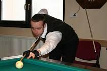 Trojband na vrcholné republikové úrovni byl k vidění v sobotu v herně Klubu přátel kulečníku Vyškov.
