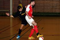 Futsalová divize přivedla v pátek do vyškovské haly hráče Kuřimi. Tabulkoví sousedi se přes několik zvratů rozešli bodovým smírem.