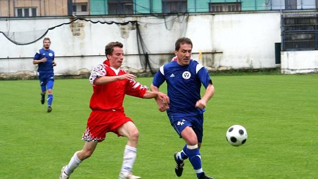 Fotbalisté Brankovic (v modrém). Ilustrační fotografie.