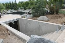 Výstavba expozice začala v dubnu a trvala do srpna.