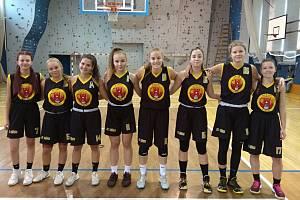 Basketbalové dorostenky BK Vyškov U19 před zápasem s KPS Brno.