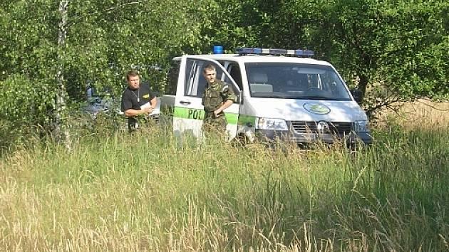 Od pondělí 11.6. probíhá praktické cvičení vojenské policie s cílem prověřit a zkvalitnit připravenost svých vyšetřovatelů. Každý ze čtyř týmů přijíždí na odlehlé místo.