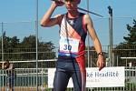 I Vyškovští atleti trénují v omezených podmínkách a připomínají si zážitky a výsledky z minulých závodů hlavní sezony.