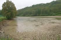 Heršpický rybník po vypuštění