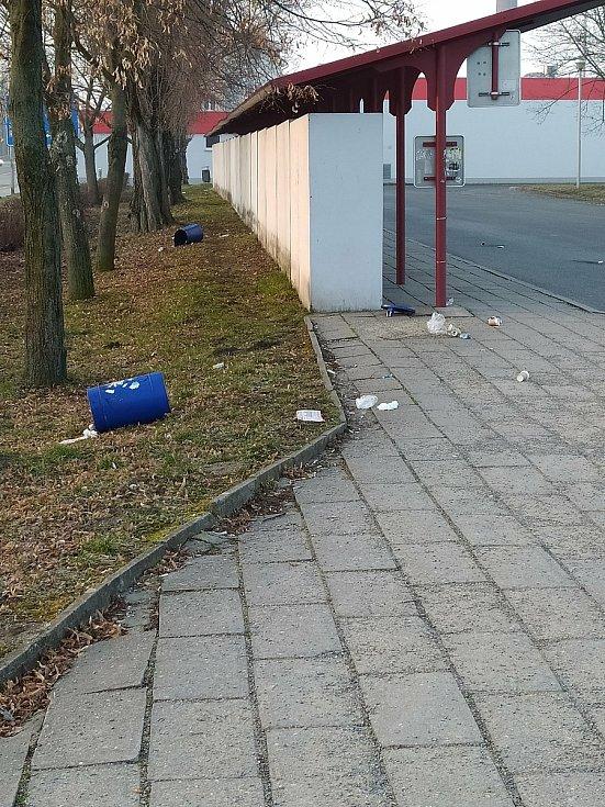 Autobusové nádraží ve Slavkově u Brna.