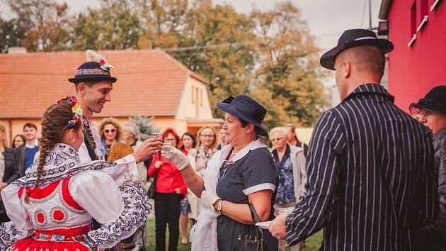 Krojované hody jsou ve Velešovicích každoroční tradicí.
